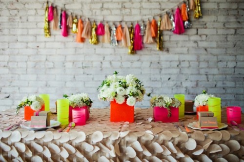neon-and-neutral-inspiration-25