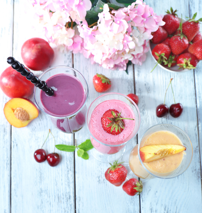 two-tasty-smoothie-recipes-for-bloating02-emmajayne-designs