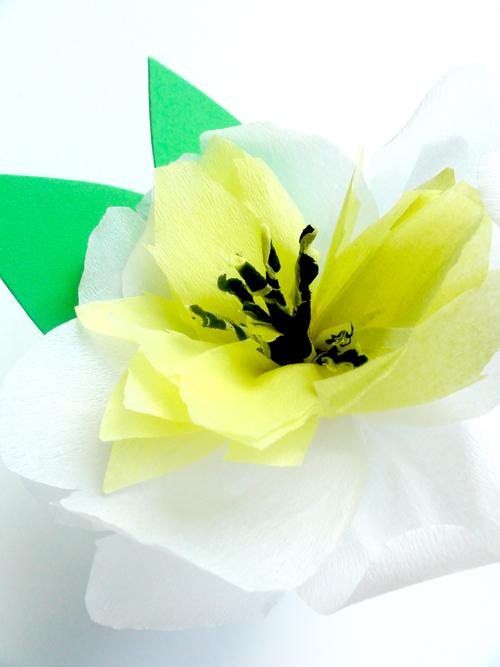 DIY-paper-flower-brooch9-emmajayne-designs