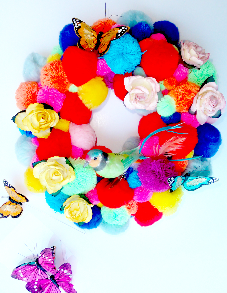DIY-kitsch-wreathe3-emmajayne-designs